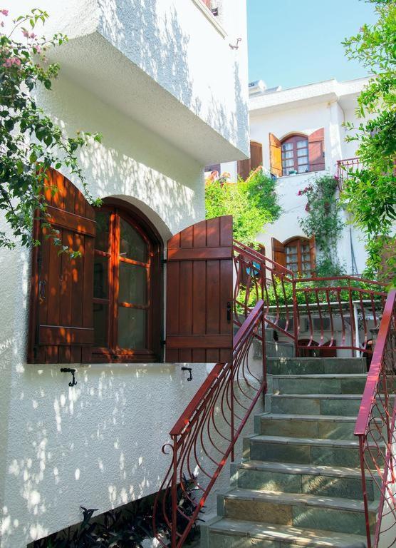 Апарт-отель Villa Mikra Asia, Порос
