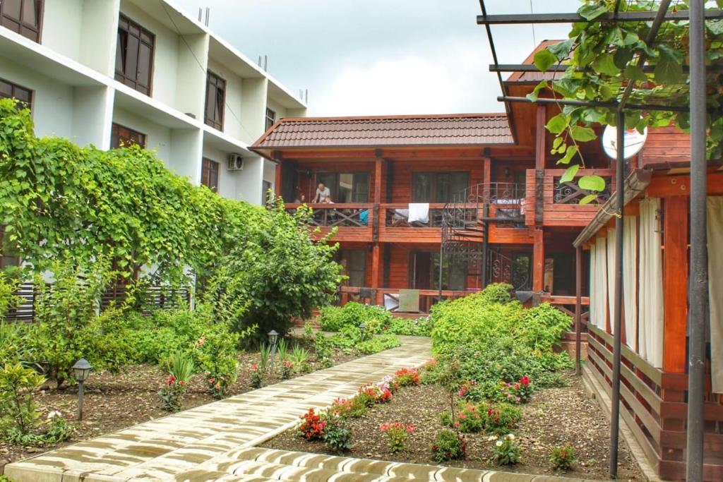 Guest house Sirius, Пицунда, Абхазия