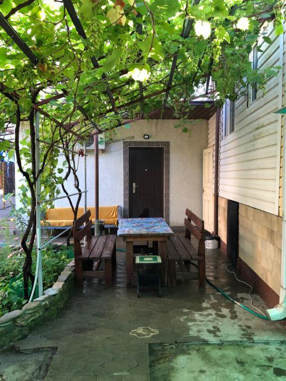 Гостевой дом Две сосны, Ольгинка