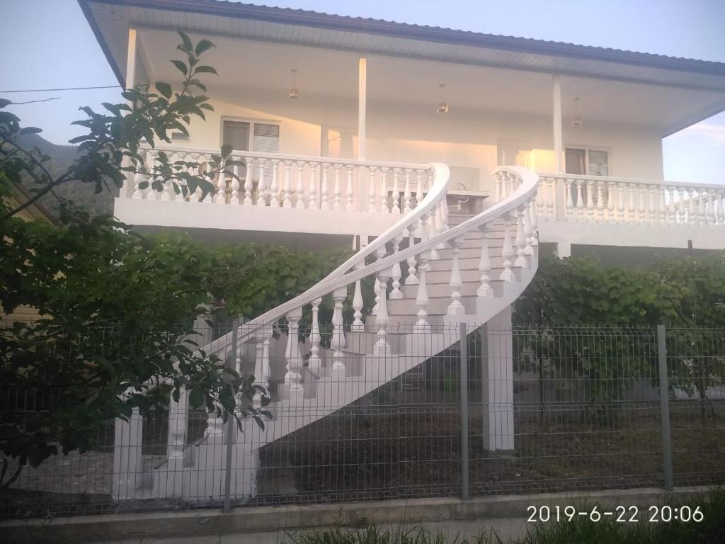 Briz Guesthouse, Гагра, Абхазия