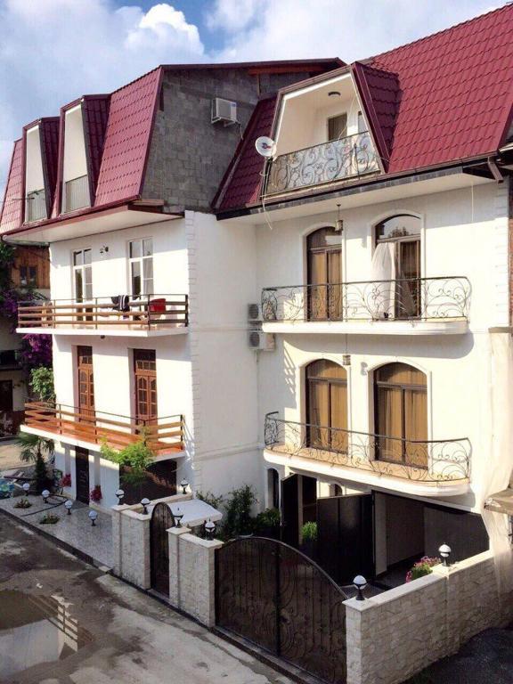 Гостевой дом У моря на Услара, Сухум