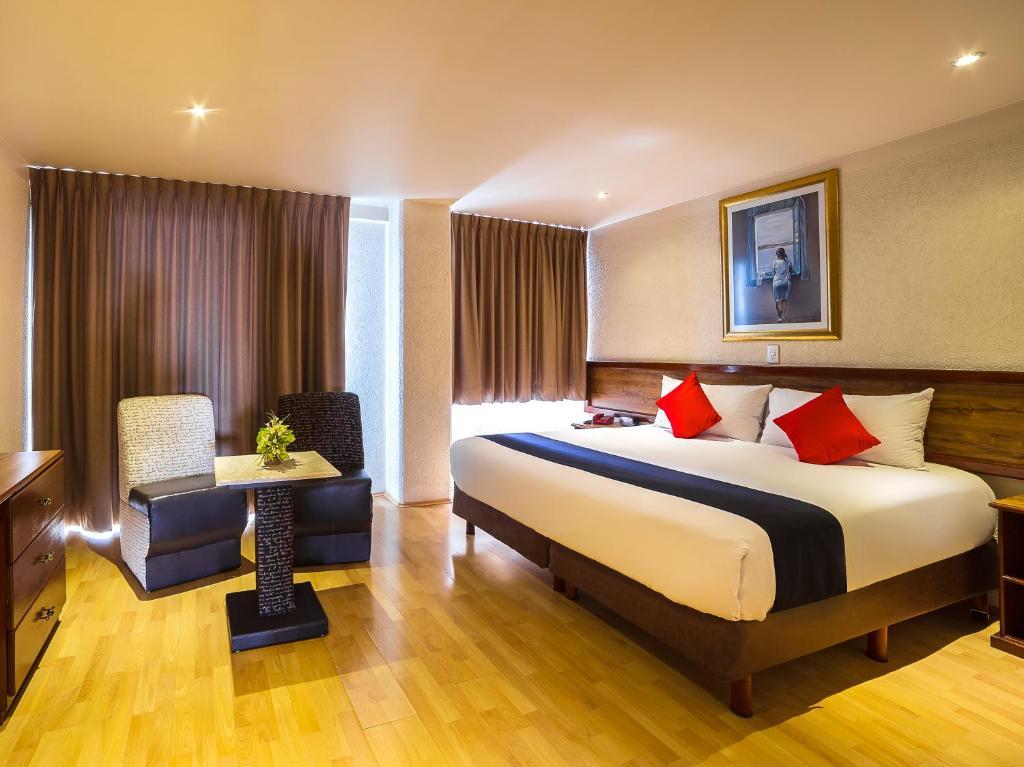 Отель Hotel Don Simon, Толука-де-Лердо