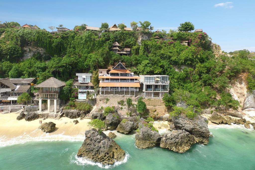 Inn Possible Cliff House, Улувату, Индонезия