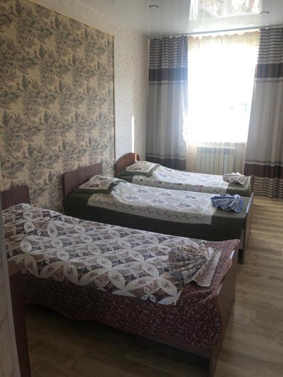 Трехместный (Классический трехместный номер) гостевого дома Созвездие Байкала