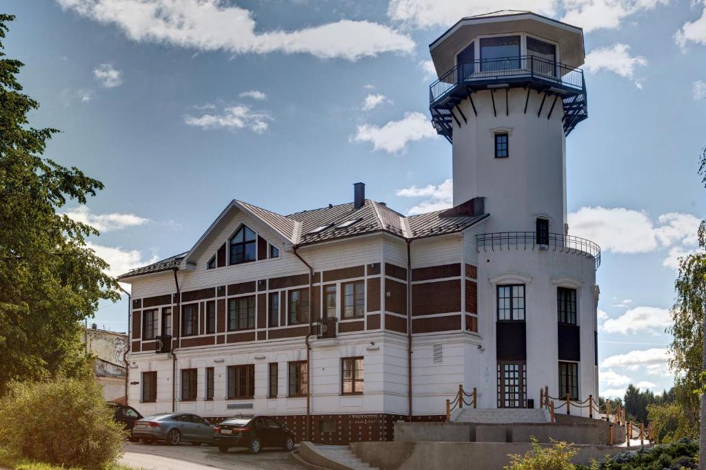 Гостиничный комплекс Wardenclyffe Volgo-Balt, Вытегра
