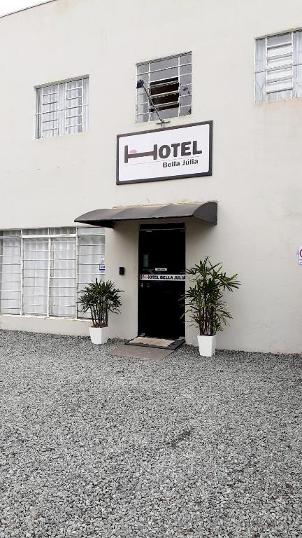 Отель Hotel Bella Júlia, Жоинвили