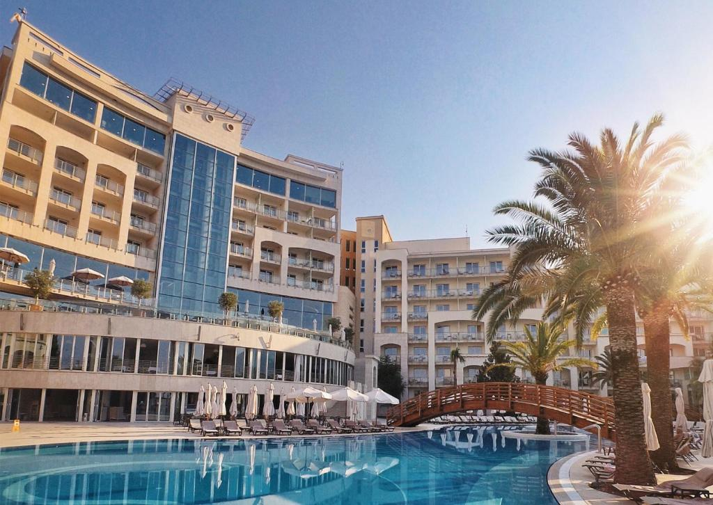 Splendid Conference & Spa Resort, Будва