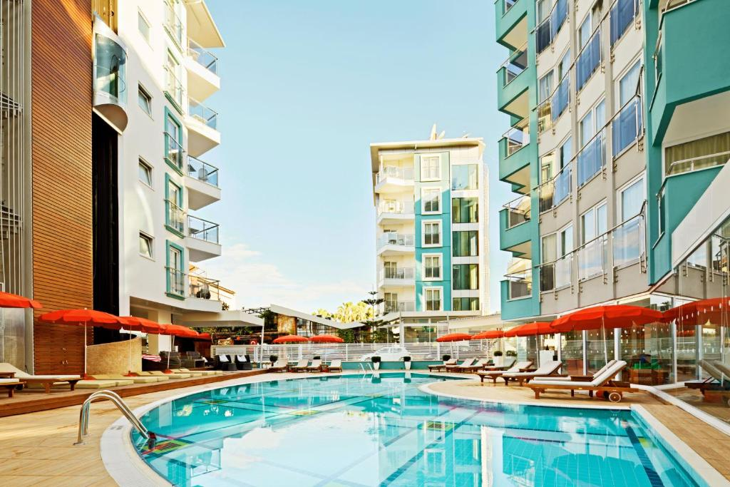 Курортный отель Sunprime Alanya Beach, Алания