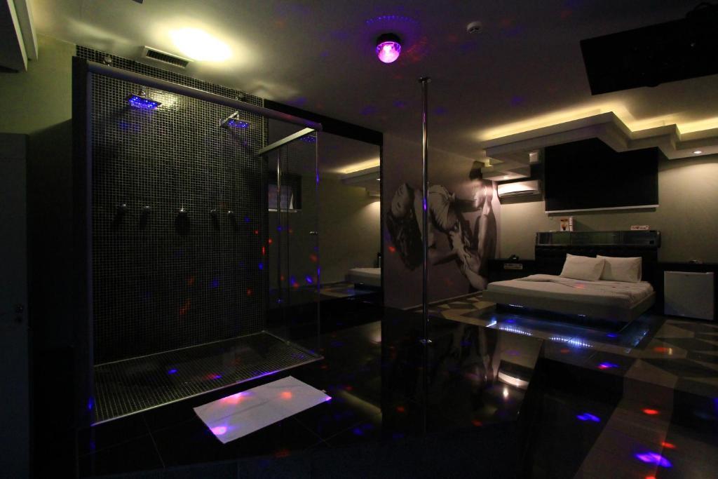 Отель Movie Inn Motel (Adults only), Рибейран-Прету