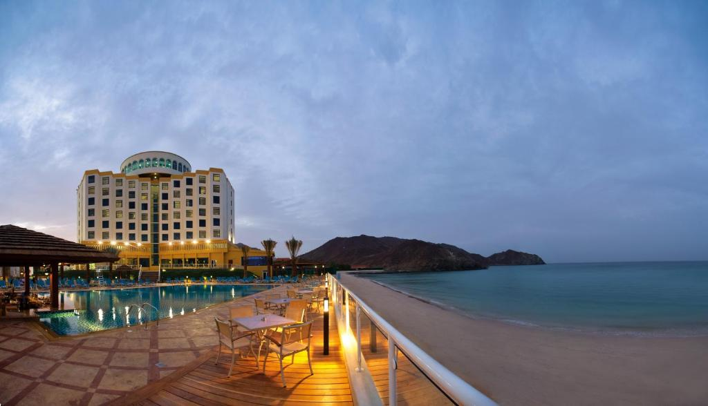 Oceanic Khorfakkan Resort & Spa, Фуджейра, ОАЭ