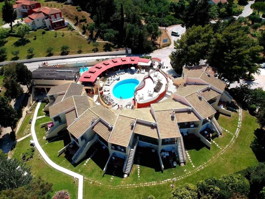 Отель Mediterranean Blue, Кавос
