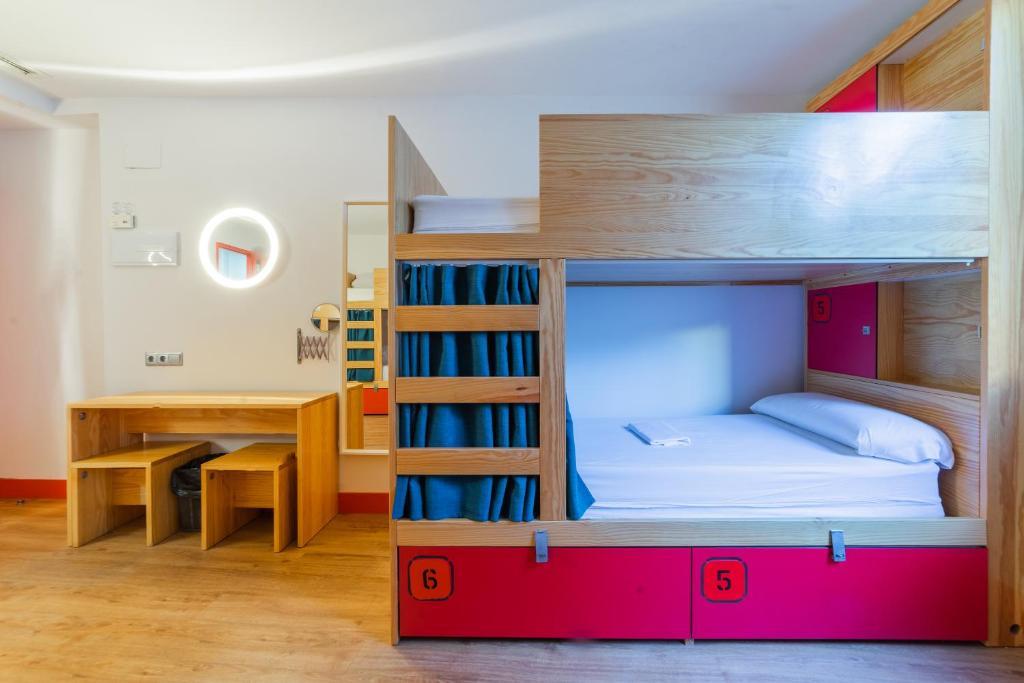 Ok Hostel Madrid, Мадрид