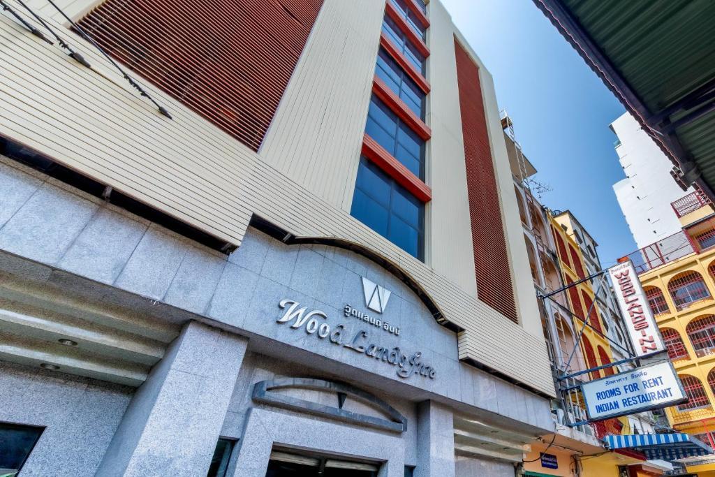 Отель Woodlands Inn, Бангкок