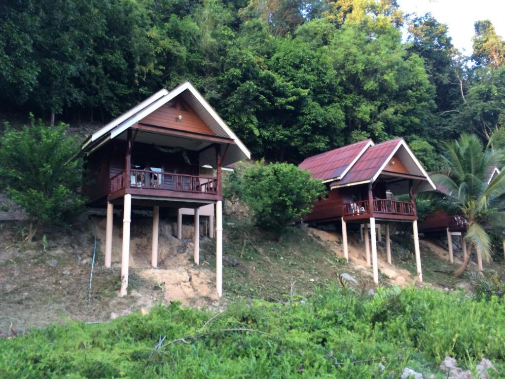 Гостевой дом Namtok Bungalows, Ко-Йао-Нои