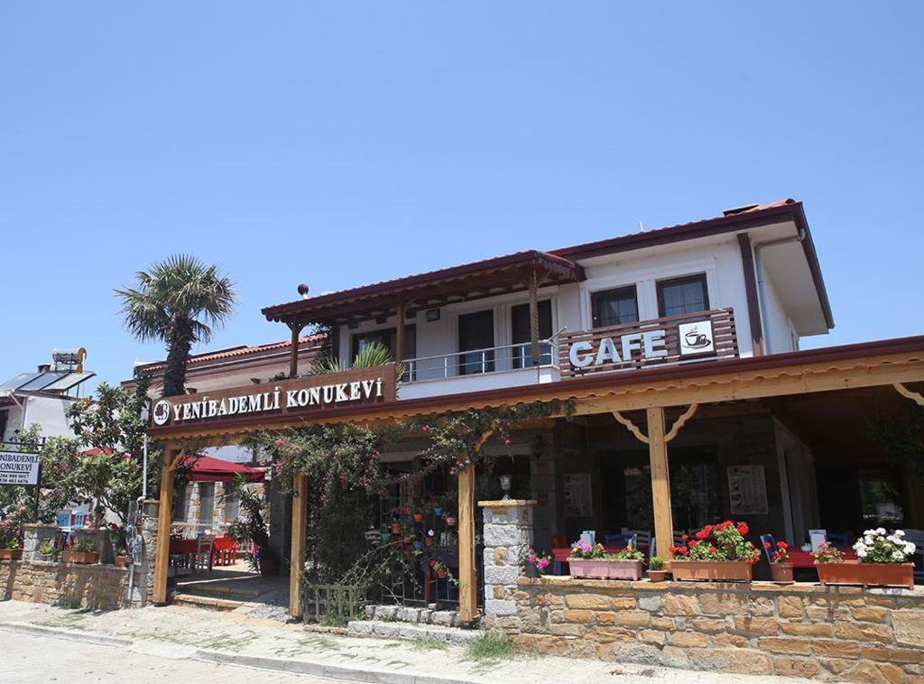 Апарт-отель Yeni Bademli Konuk Evi, Гекчеада