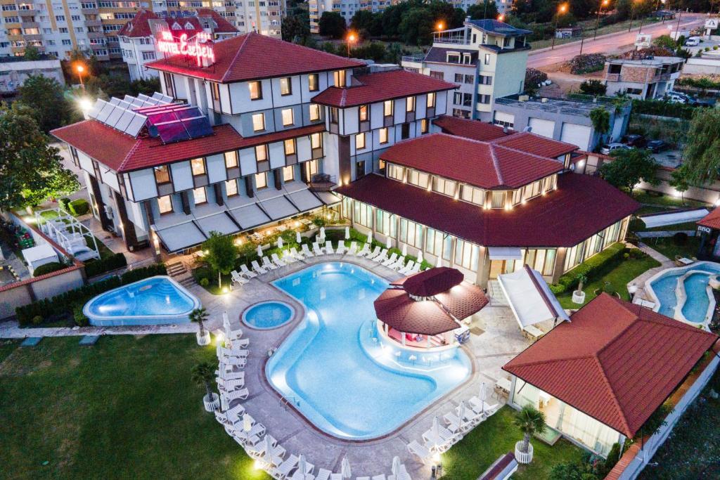 Отели Благоевграда с бассейном