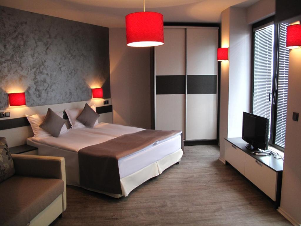 Hotel Gran Via, Бургас