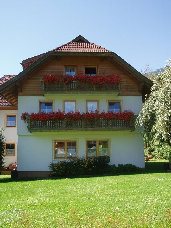Appartement Pension Grasser, Бад-Клайнкирхайм, Австрия