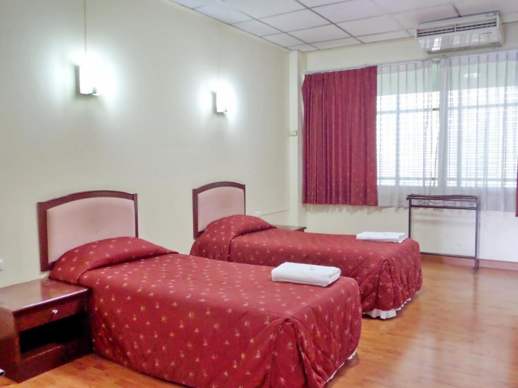 Хостел Coop Dopa Hostel, Бангкок