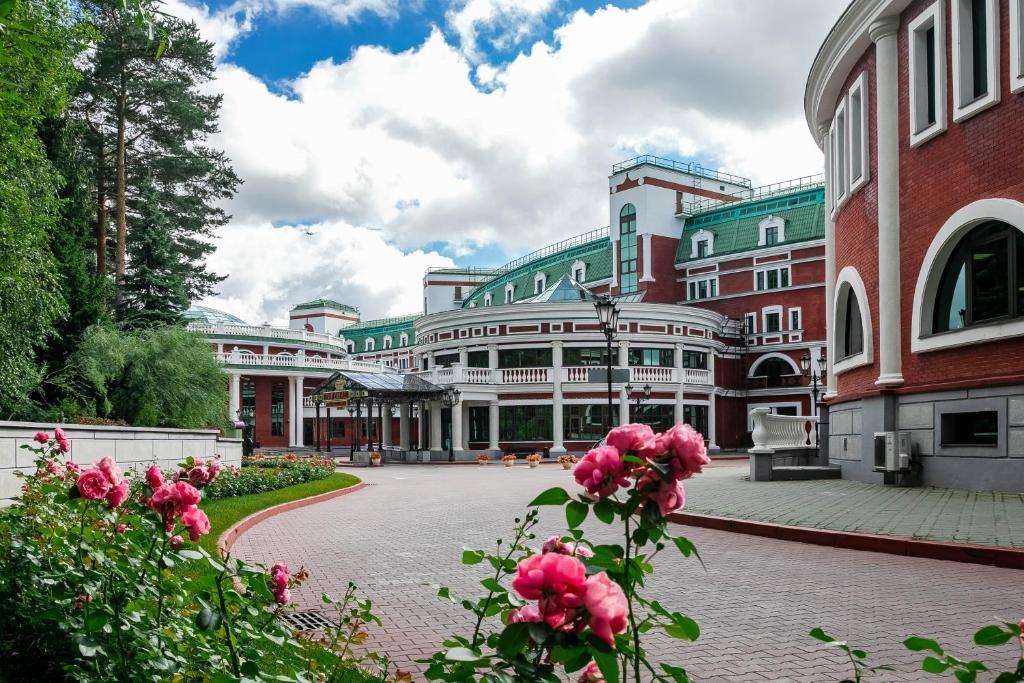 Отель Империал Парк Отель и СПА, Рогозинино