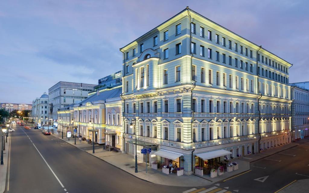 Отель Chekhoff Hotel Moscow Curio Collection By Hilton, Москва