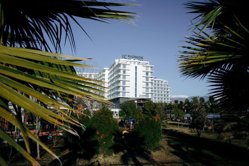 Курортный отель Radisson Collection Paradise Resort and Spa Sochi, Адлер