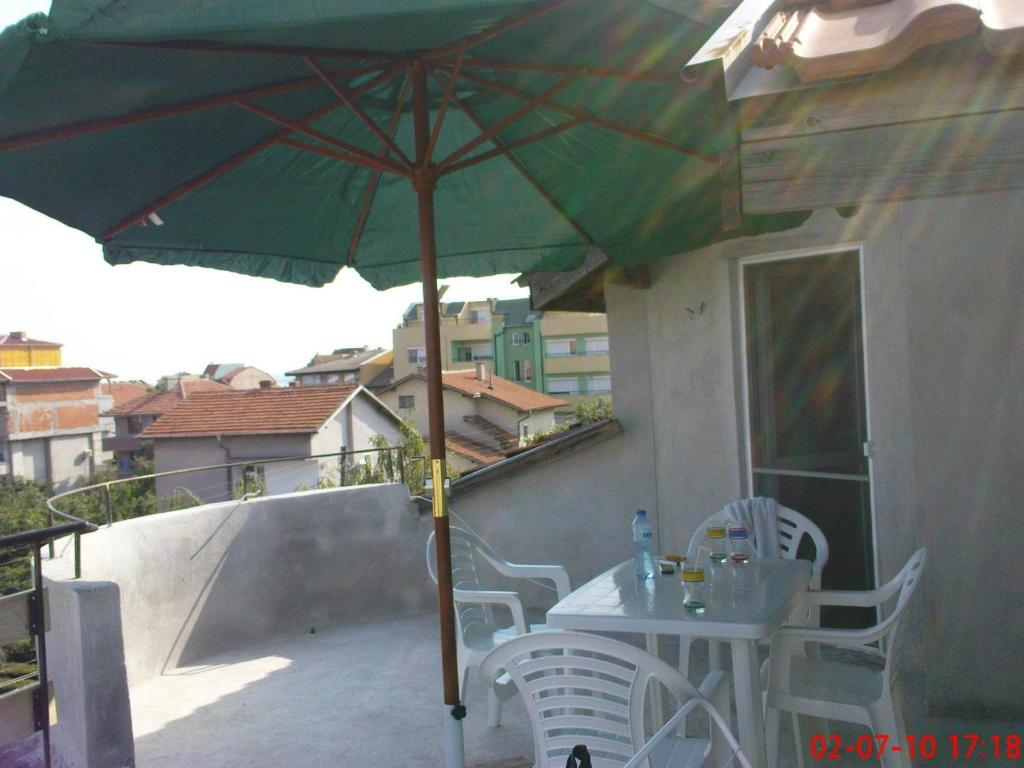 Eli Apartments - Different locations in Sarafovo,