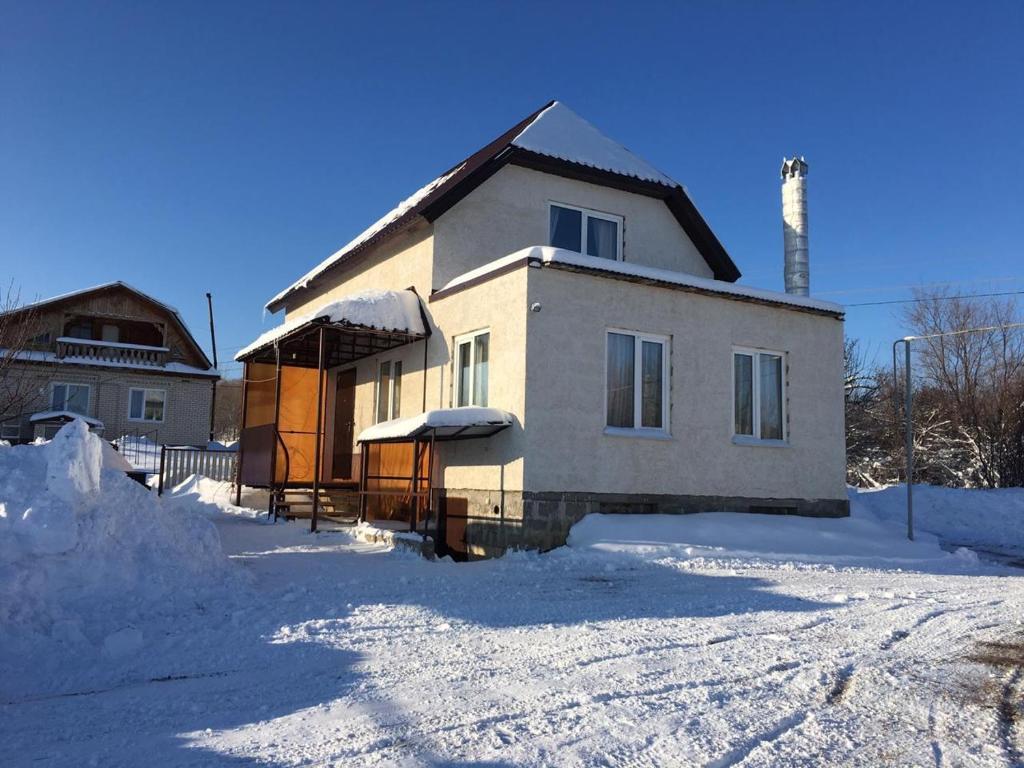 Дом у Люции, Хвалынск