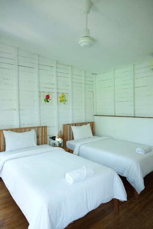 Отель Sunshine Inn Resort, Кхаулак