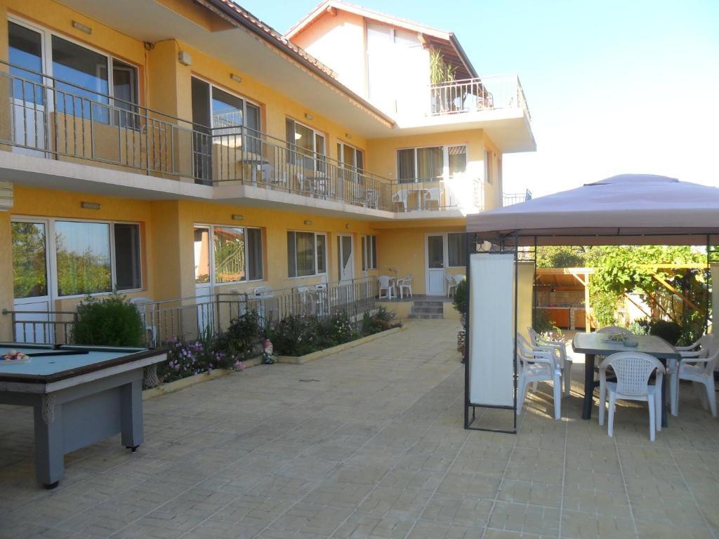 Eleonor Guest House, Бяла, Болгария