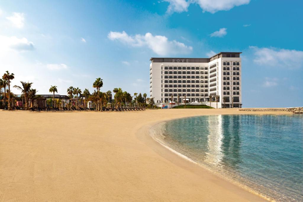 Дубай отели первой береговой линии недорого квартиру в оаэ