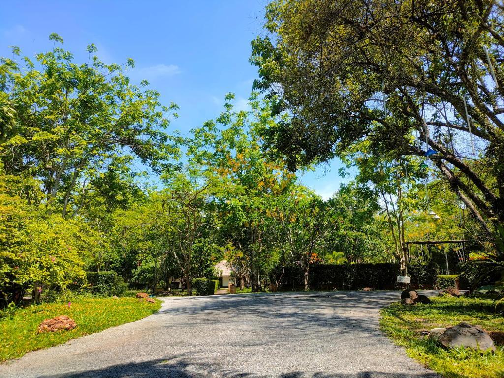 Курортный отель Nan Noble House Garden Resort, Нан