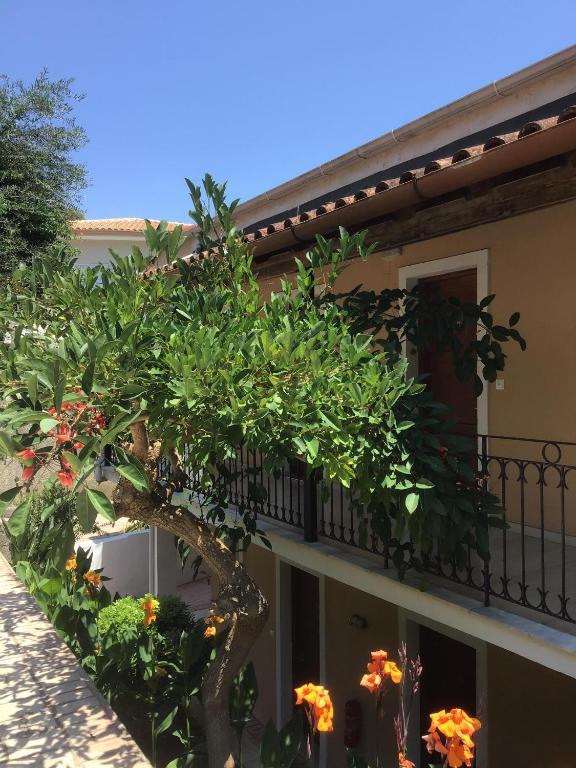 Гостевой дом Villa Sofia, Бенитсес