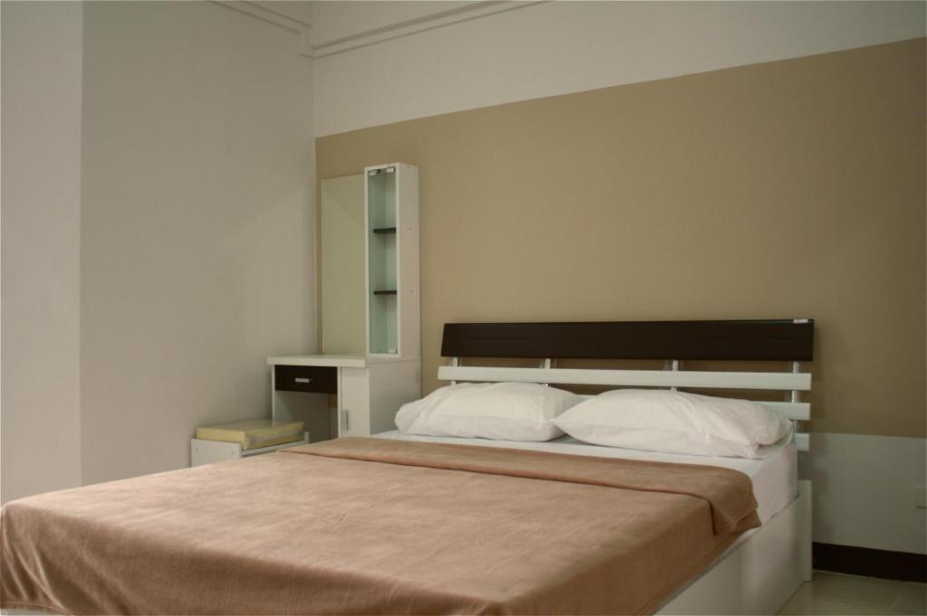 Мотель Baanbudsarin Apartment, Сингбури