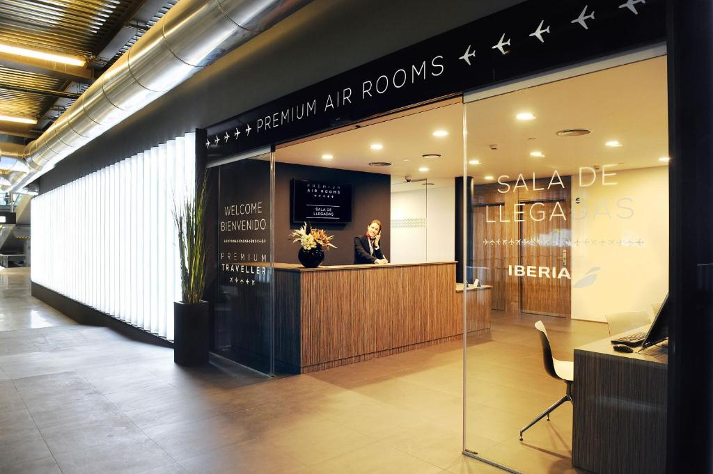 Air Rooms Madrid Airport By Premium Traveller, Мадрид