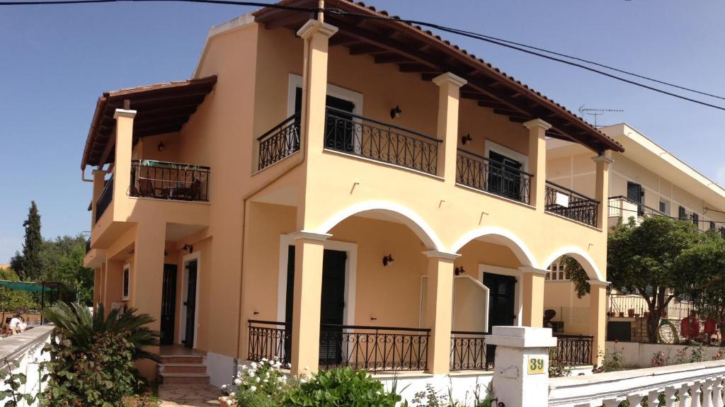 Апартаменты Nikos Cassiopeia, Кассиопи