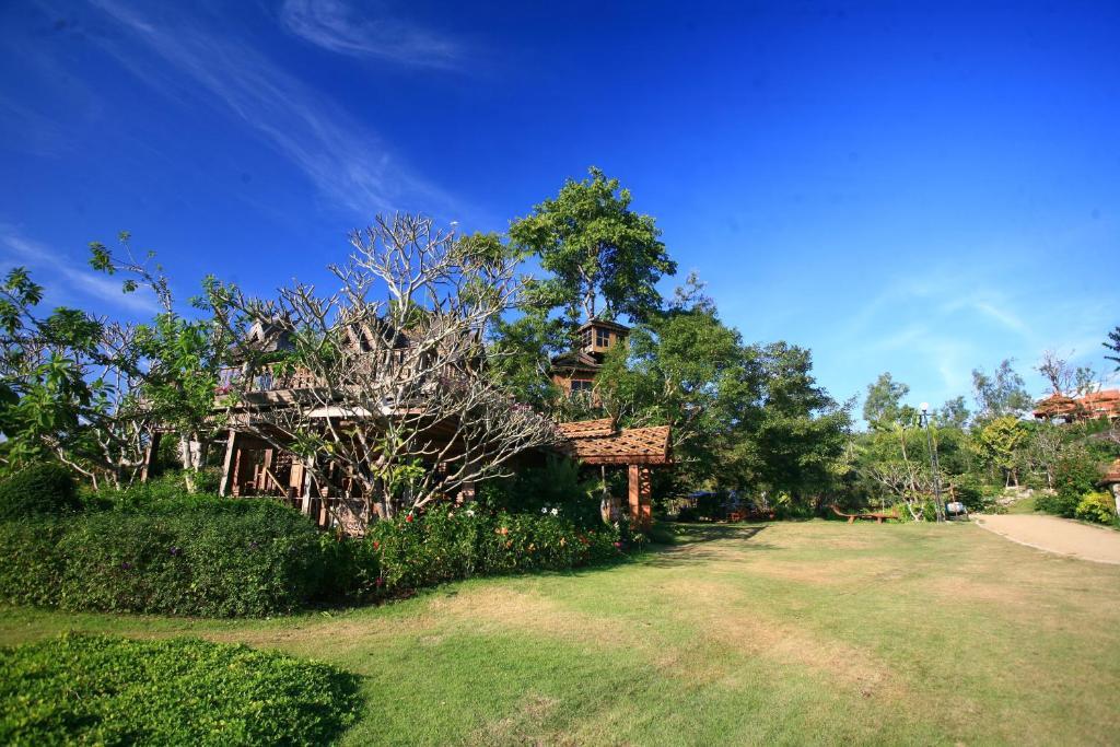 Курортный отель Pai Treehouse, Пай