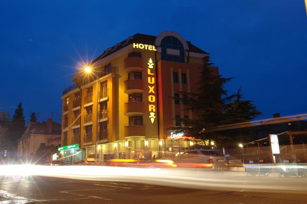 Отель Луксор, Бургас, Болгария