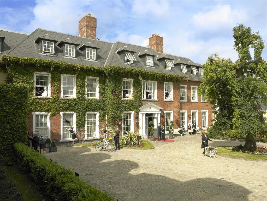 Hayfield Manor, Корк