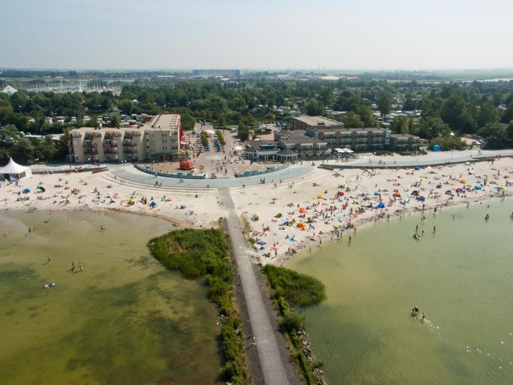 Beach Hotel de Vigilante, Гронинген, Нидерланды