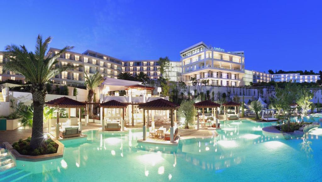 Amfora Hvar Grand Beach Resort, Хвар
