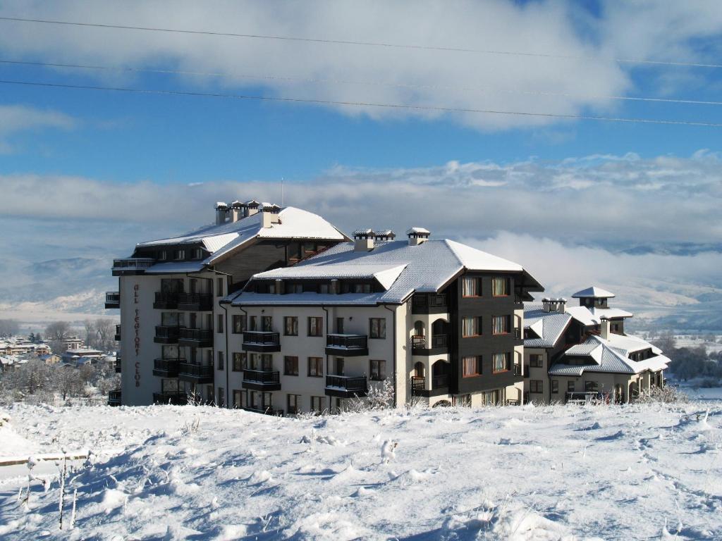 All Seasons Club Hotel