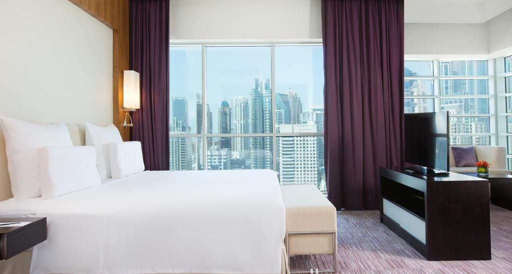 Pullman Dubai Jumeirah Lakes Towers, Дубай, ОАЭ