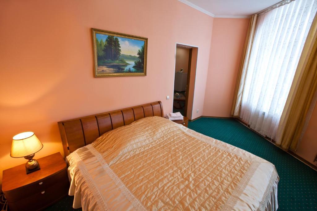 Отель Кристалл, Ханты-Мансийск