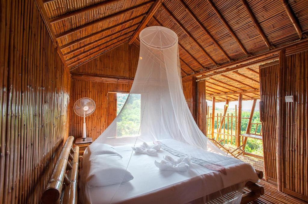 Отель Phuree Hut, Ко Пхаям