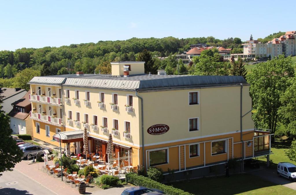 Simon - Hotel & Café, Бад-Тацмансдорф, Австрия