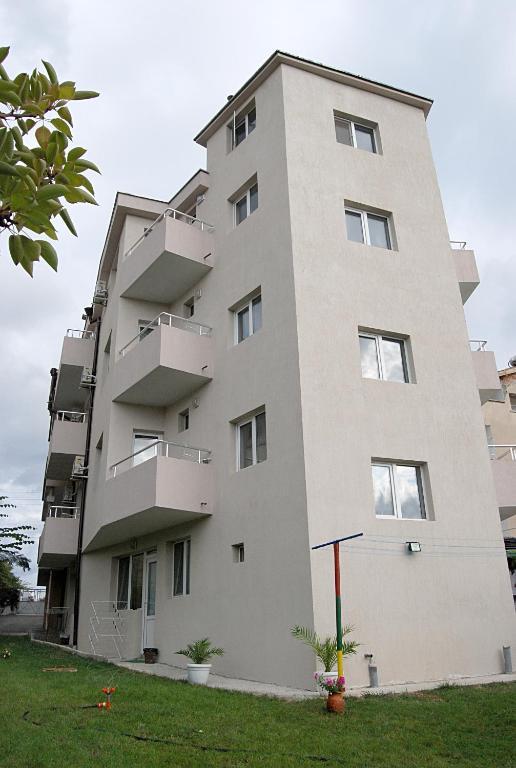 Guest House Kostadinovi, Лозенец, Болгария