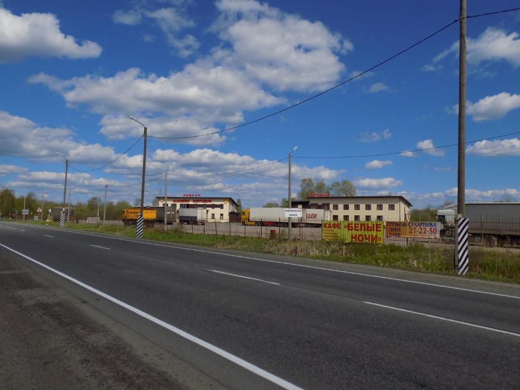 Гостиница Янишполе, Янишполе