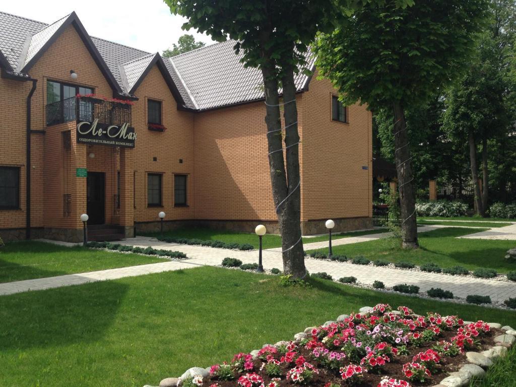 Мини-гостиница Ле-Ман, Первомайский