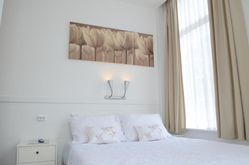 Hotel 't Witte Huys Scheveningen, Схевенинген, Нидерланды